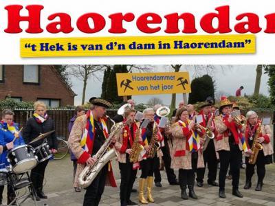 Tijdens carnaval gaat het hek van d'n dam in Haarsteeg, oftewel Haorendam tijdens carnaval