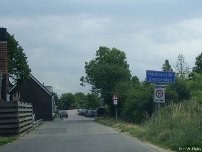 Hardinxveld-Giessendam is een dorp en gemeente in de provincie Zuid-Holland, in de streek Alblasserwaard. De gemeente is in 1957 ontstaan uit samenvoeging van de gemeenten Hardinxveld en Giessendam.