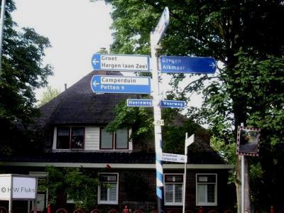 Zowel buurtschap Hargen als badplaats Hargen aan Zee zijn niet voorzien van plaatsnaambordjes. Slechts een richtingbordje in Schoorl wijst je welke kant je op moet om er te komen...