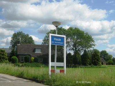 Haule is een dorp in de provincie Fryslân, in de streek Stellingwerven, gemeente Ooststellingwerf.