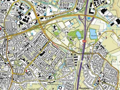 De afgelopen decennia is het groene buitengebied bij Breda W van de A27 bijna helemaal volgebouwd met nieuwbouwwijken. Alleen buurtschap IJpelaar houdt als groene enclave nog moedig stand tegen de oprukkende verstedelijking. (© www.kadaster.nl)