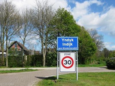 Indijk is een buurtschap in de provincie Fryslân, gemeente Súdwest-Fryslân. T/m 2010 gemeente Wymbritseradiel.