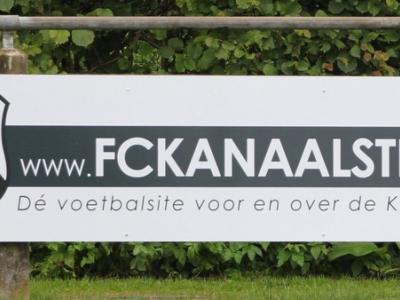 Handig voor voetballiefhebbers in de Kanaalstreek; een website plus Facebookpagina (zie het hoofdstuk Links) met alle voetbalnieuws uit de hele streek.