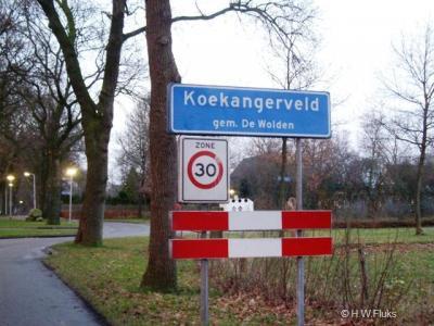 Koekangerveld is een dorp met een eigen bebouwde kom, maar ligt voor de postadressen 'gemakshalve' 'in' buurdorp Koekange
