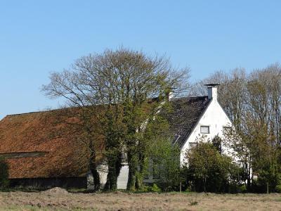 De buurtschap Korengarst heeft één rijksmonument: de 18e-eeuwse Oldambtster boerderij op nr. 4. (© Harry Perton/https://groninganus.wordpress.com)