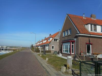 Buurtschap Kornwerderzand, Sluisweg