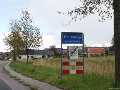 Kruisweg is een dorp in de provincie Groningen, in de streek Hoogeland, gemeente Het Hogeland. T/m 1989 gemeente Kloosterburen. In 1990 over naar gemeente De Marne, in 2019 over naar gemeente Het Hogeland.