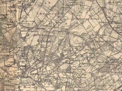 Sommige gebieden hebben binnen 100 jaar door de tijd heen drie verschillende namen gehad. Zo heet het huidige Larense Broek N van Laren Gelderland tot begin 20e eeuw Larense Heide, ongetwijfeld naar de ca. 19e-eeuwse vegetatie in het gebied.
