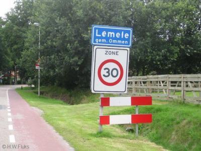 Lemele is een dorp in de provincie Overijssel, in de streek Salland, gemeente Ommen. T/m 30-4-1923 gemeente Ambt-Ommen.