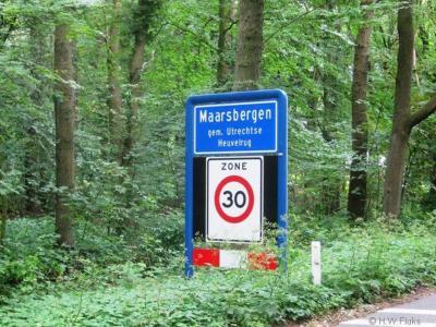 Maarsbergen is een dorp in de provincie Utrecht, in de streek en gemeente Utrechtse Heuvelrug. T/m 2005 gemeente Maarn.