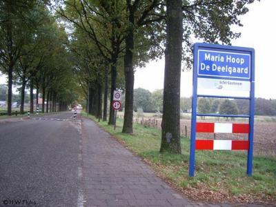 Maria Hoop (Limburgs: De Deelgaard) is een dorp in de provincie Limburg, in de regio Midden-Limburg, gemeente Echt-Susteren. T/m 2002 gemeente Echt.