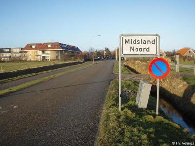 Midsland Noord is een buurtschap in de provincie Fryslân, in de streek Waddengebied, op het eiland en in de gemeente Terschelling.