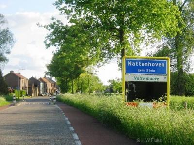 Nattenhoven is een buurtschap in de provincie Limburg, in de regio Westelijke Mijnstreek, gemeente Stein. T/m 1981 gemeente Obbicht en Papenhoven.