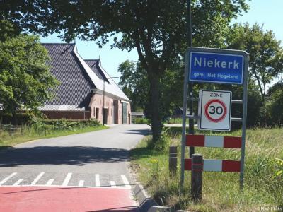 Niekerk is een dorp in de provincie Groningen, in de streek Hoogeland, gemeente Het Hogeland. T/m 1989 gemeente Ulrum. In 1990 over naar gemeente De Marne, in 2019 over naar gemeente Het Hogeland.