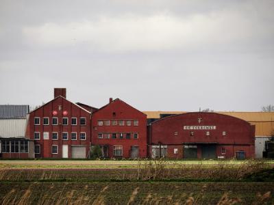 Nieuwe Compagnie, voormalige aardappelmeelfabriek De Toekomst. (© Harry Perton / https://groninganus.wordpress.com)