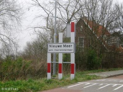 Nieuwe Meer is een buurtschap in de provincie Noord-Holland, gemeente Haarlemmermeer.