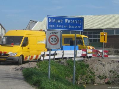 Nieuwe Wetering is een dorp in de provincie Zuid-Holland, in de streek Holland Rijnland, gemeente Kaag en Braassem. T/m 2008 gemeente Alkemade.