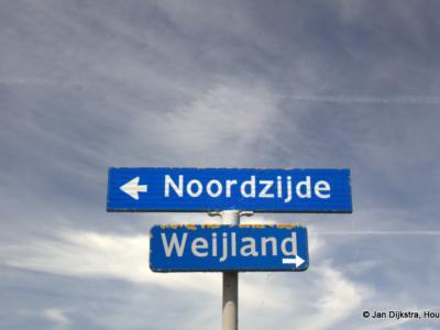 Na een bezoek aan de buurtschappen Rietveld, De Bree en Weijland komen we nu in buurtschap Noordzijde. In de praktijk is dat één lang (overwegend boerderijen)lint tussen Woerden en Bodegraven langs de N kant van de Oude Rijn. Een mooie wandeling!