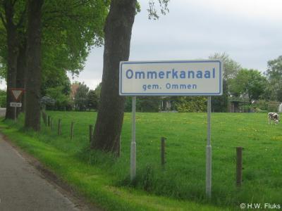 Sinds 2013 kun je door plaatsnaamborden zien wanneer je in de buurtschap Ommerkanaal bent aangekomen