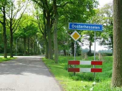 Oosterhesselen is een dorp in de provincie Drenthe, gemeente Coevorden. Het was een zelfstandige gemeente t/m 1997.