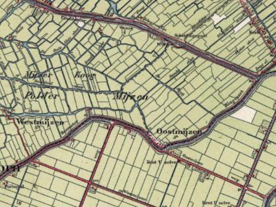 De buurtschap Oostmijzen is eeuwen geleden als Oost-Mijzen gespeld geweest, maar wordt al zeker sinds halverwege de 19e eeuw, tot heden, in atlassen en plaatsenlijsten eenduidig gespeld als Oostmijzen.
