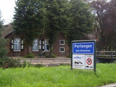 Portengen is een buurtschap in de provincie Utrecht, in de regio Vechtstreek, gemeente Stichtse Vecht. Voor de complexe gemeentelijke voorgeschiedenis van deze buurtschap zie het hoofdstuk Status.
