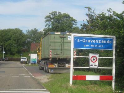 's-Gravenzande is een dorp in de provincie Zuid-Holland, in de streek Delfland, en daarbinnen in de regio en gemeente Westland. Het was een zelfstandige gemeente t/m 2003.