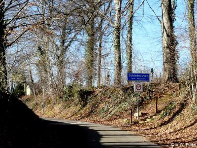 De buurtschap Schietecoven heeft een eigen bebouwde kom, met 30 km-zone. Tevens zijn de afgelopen jaren maatregelen genomen om sluipverkeer te weren.