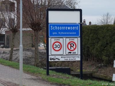Schoonrewoerd is een dorp in de provincie Utrecht (t/m 2018 provincie Zuid-Holland), in de streek en gemeente Vijfheerenlanden. Het was een zelfstandige gemeente t/m 1985. In 1986 over naar gemeente Leerdam, in 2019 over naar gemeente Vijfheerenlanden.