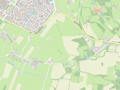 Buurtschap Slichtenhorst ligt rond de Slichtenhorsterweg, de weg die vanaf direct Z van de stad Nijkerk naar buurtschap Driedorp loopt. (© www.openstreetmap.org)