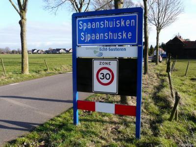 Spaanshuisken is een buurtschap in de provincie Limburg, in de regio Midden-Limburg, gemeente Echt-Susteren. T/m 2002 gemeente Echt.