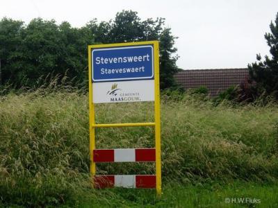 Stevensweert is een dorp in de provincie Limburg, in de regio Midden-Limburg, gemeente Maasgouw. Het was een zelfstandige gemeente t/m 1990. In 1991 over naar gemeente Maasbracht, in 2007 over naar gemeente Maasgouw.