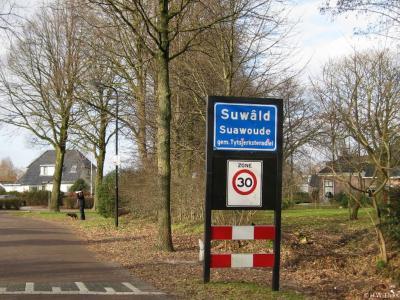 Suwâld is een dorp in de provincie Fryslân, gemeente Tytsjerksteradiel.