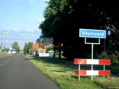Veenoord is een dorp in de provincie Drenthe, gemeente Emmen. T/m 1997 gemeente Sleen.