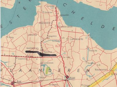 Tot 1970 waren Boschkapelle en Rapenburg nog aparte dorpen (hier op een kaart uit 1949) in de gem. Vogelwaarde. Bij de opheffing van die gemeente, in 1970, zijn die - inmiddels aan elkaar gegroeide - dorpen samengevoegd tot het 'nieuwe' dorp Vogelwaarde.