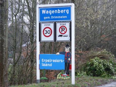 Wagenberg is een dorp in de provincie Noord-Brabant, in de regio West-Brabant, en daarbinnen in de streek Amerstreek, gemeente Drimmelen. T/m 1996 gemeente Terheijden. Tijdens carnaval heet het dorp Erpelrooierslaand.