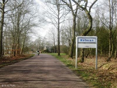 Wateren is een buurtschap in de provincie Drenthe, gemeente Westerveld. T/m 1997 gemeente Diever. De buurtschap valt onder het dorp Zorgvlied. De buurtschap ligt buiten de bebouwde kom en heeft daarom witte plaatsnaamborden.