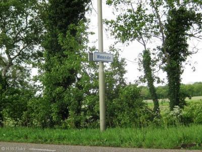 Weende is een buurtschap in de provincie Groningen, in de streek en gemeente Westerwolde. T/m 2017 gemeente Vlagtwedde. De buurtschap Weende valt onder het dorp Vlagtwedde. De buurtschap ligt buiten de bebouwde kom en heeft daarom witte plaatsnaamborden.