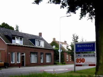 Wernhout is een dorp in de provincie Noord-Brabant, in de regio West-Brabant, en daarbinnen in de streek Baronie en Markiezaat, gemeente Zundert. Het was een zelfstandige gemeente t/m 1810.