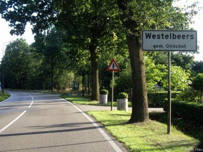 Westelbeers is een buurtschap in de provincie Noord-Brabant, gemeente Oirschot. T/m 1996 gemeente Oost-, West- en Middelbeers. De buurtschap valt onder het dorp Middelbeers. De buurtschap ligt buiten de bebouwde kom en heeft daarom witte plaatsnaamborden.