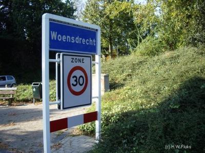 Woensdrecht is een dorp en gemeente in de provincie Noord-Brabant, in de regio West-Brabant, en daarbinnen in de streek Baronie en Markiezaat.