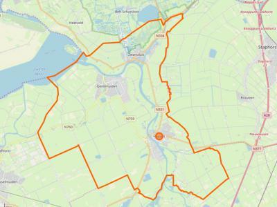 De gemeente Zwartewaterland (= het grondgebied binnen de oranje lijn) is in 2001 ontstaan uit samenvoeging van de gemeenten Genemuiden, Hasselt en Zwartsluis. De naamgever van de gemeente, het Zwarte Water, loopt langs al deze kernen.